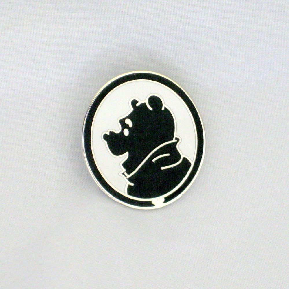 2009 Disney Hidden Mickey Winnie the Pooh Winnie the Pooh Pin