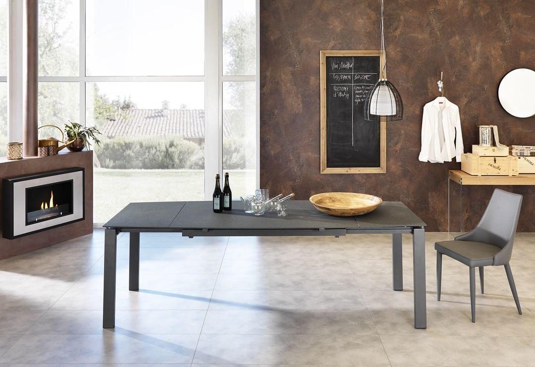 Nuovi Articoli Sul Catalogo 2019 On Line Max Tavolo 4sedie Tavolo 90x140 190 240 Struttura Telescopica Piano In Vetro Vernicia Furniture Home House Design