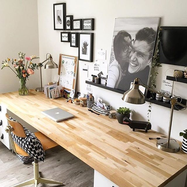 Small Space Homeoffice Corner Desk:  HOMEOFFICE ...this Is Also A Great Inspo, For Everyone Who