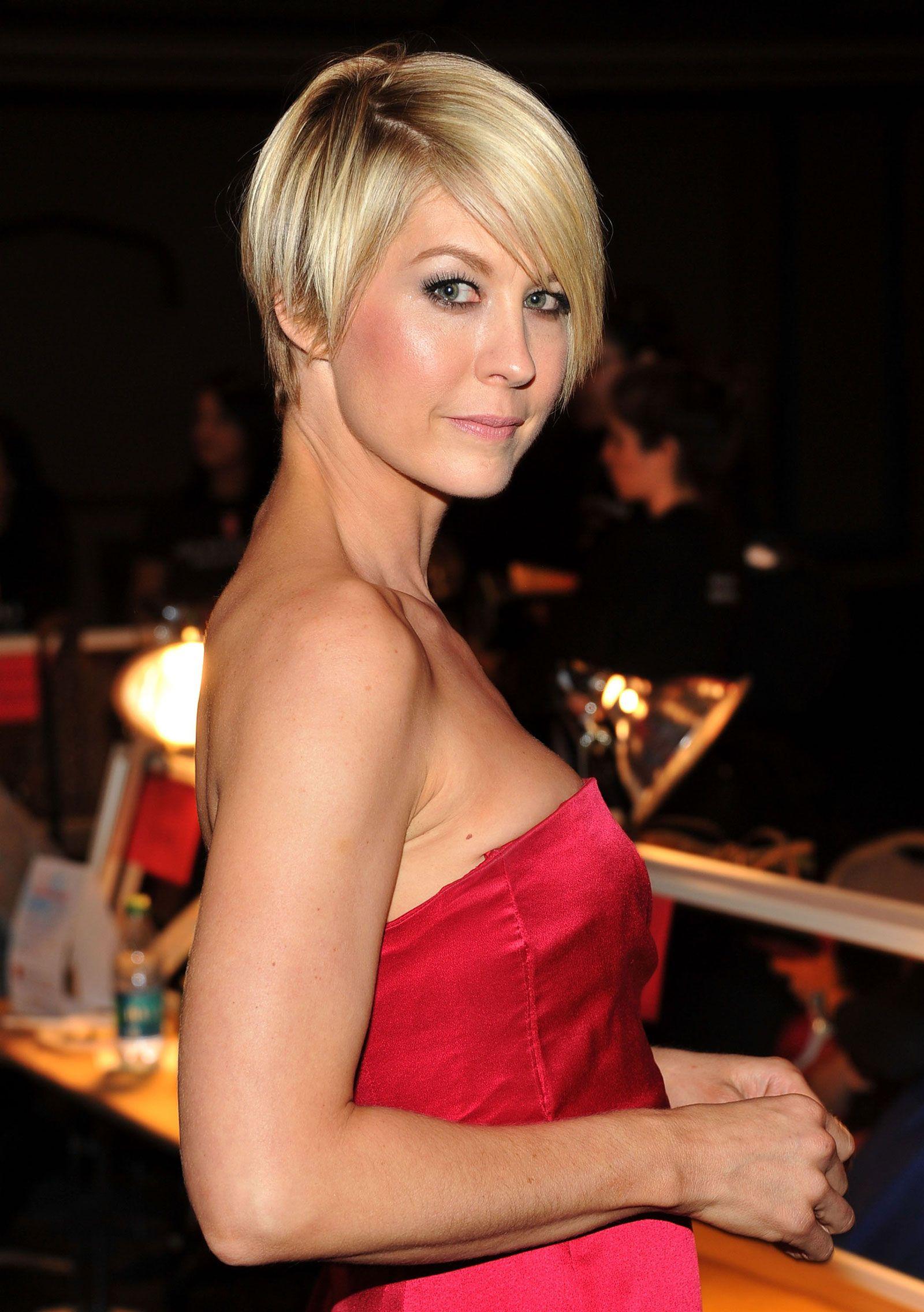 Jenna elfman photos photos the heart truthus red dress collection
