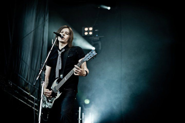 AH Haapasalo, a finnish guitarist (Happoradio). He is quite cute!
