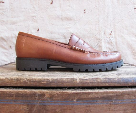 f18385be1f4 vintage 1990s lug sole Bass penny loafers