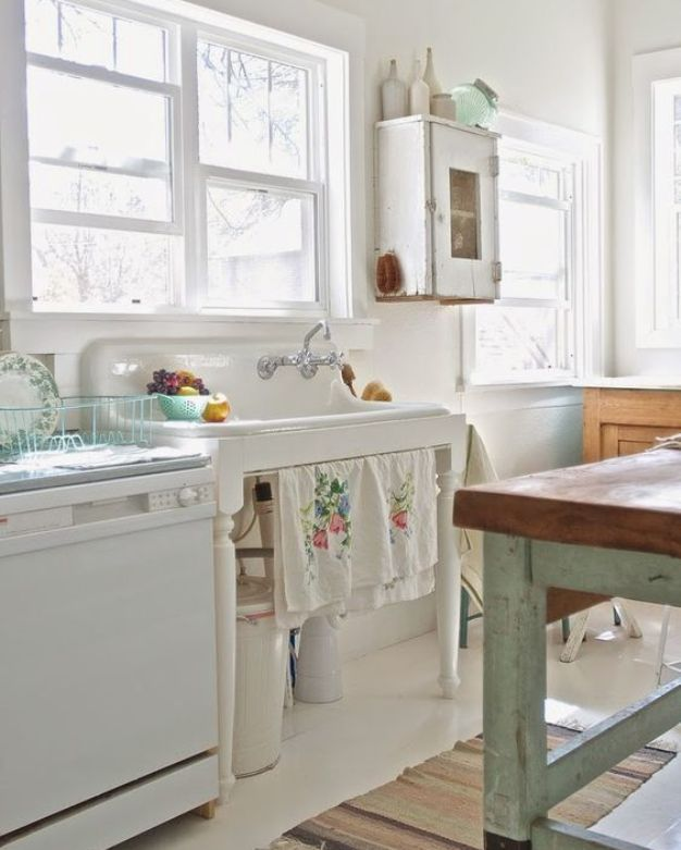vintage porcelain kitchen sink | Antique Kitchen Sinks | Pinterest ...