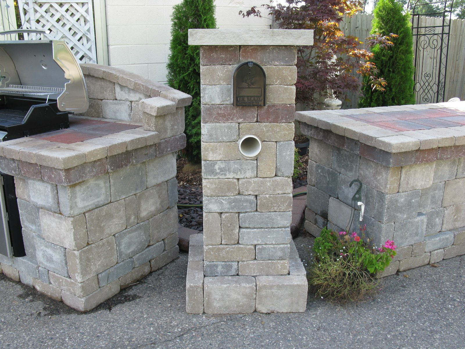 brick mailbox full landscapes retaining walls brick paver walks - Mailbox Design Ideas