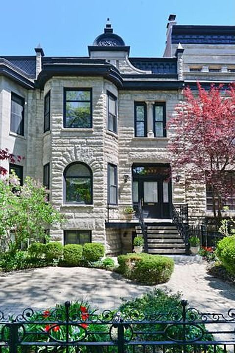 Park West Home For Sale Brownstone Homes Chicago House Chicago Architecture