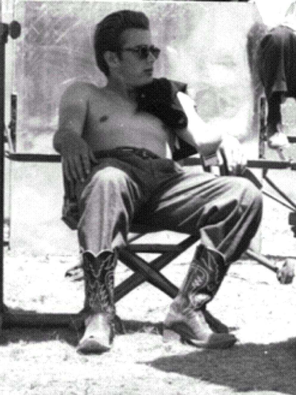James Dean candid shot between scenes.... Giant