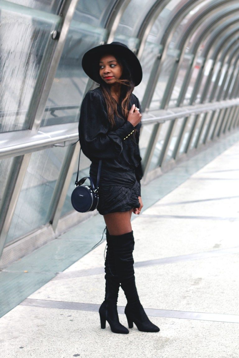 28 Street Style Looks That Will Persuade You Into Wearing Thigh-Highs This Year pics