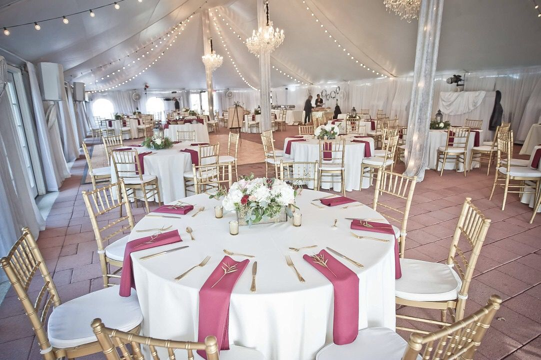 Historic Mankin Mansion Wedding Venue In Richmond Virginia Wedding Reception Held In The Tent Mansion Wedding Venues December Wedding Wedding Day Inspiration