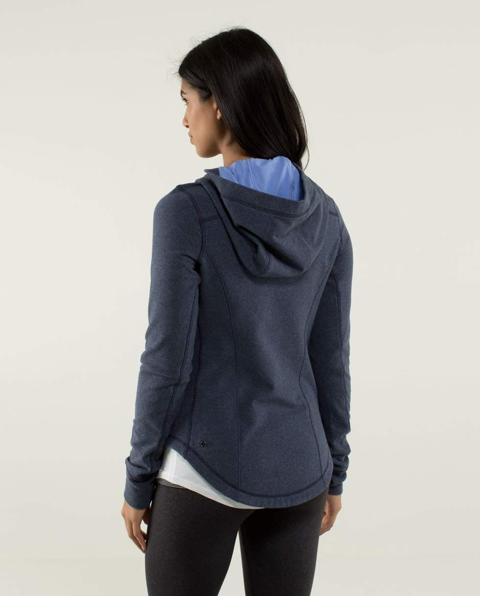 Lululemon Post Sweat Pullover, this 1 on its way to meeeee