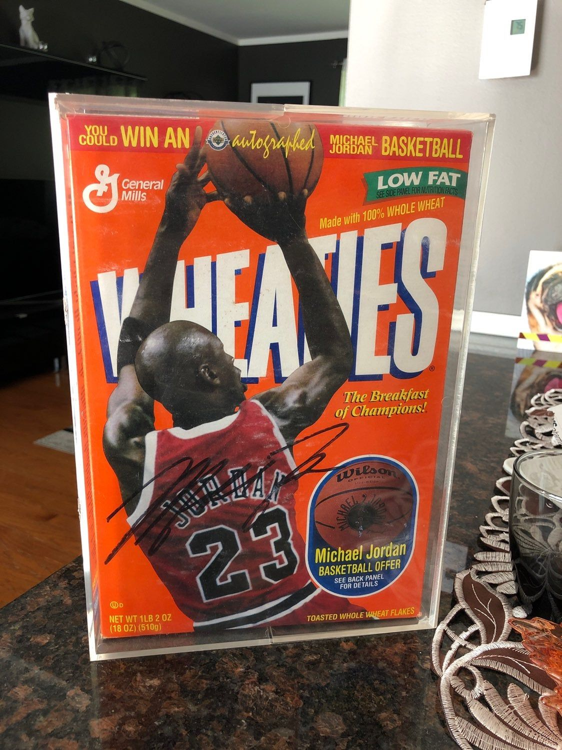 Michael jordan signed wheaties cereal box from 1997