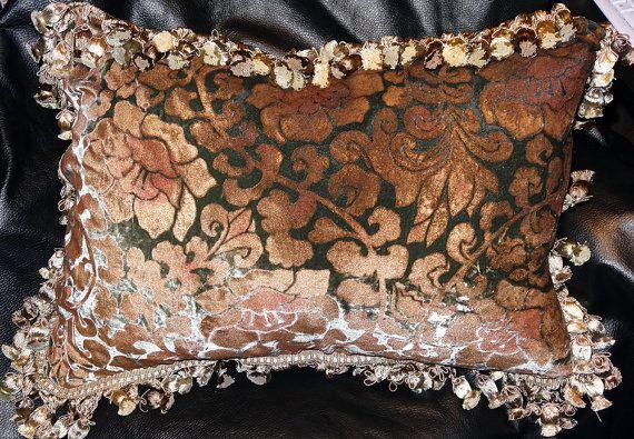 Venetian Silk Velvet Pillow Large Handmade By Elegantartifacts 225 00 Velvet Pillows Silk Velvet Vintage Vogue