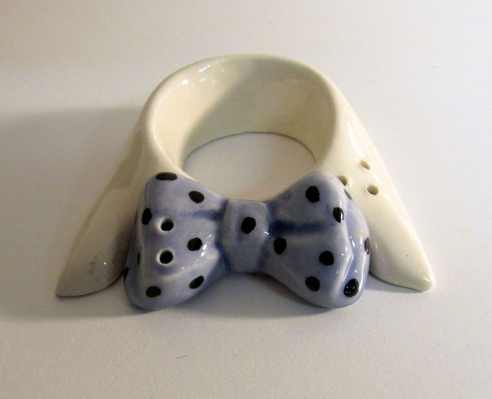Vintage Shirt Collar Amp Blue Bowtie Salt Amp Pepper Shakers Go With | eBay