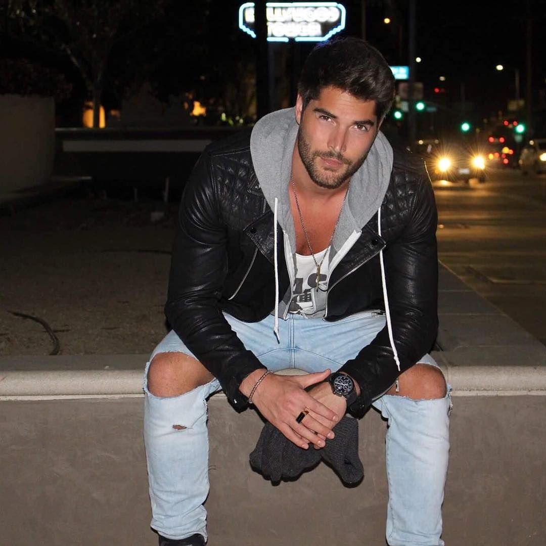 Coiffeur Homme A Dubai See This Instagram Photo By Nick Bateman 17 4k Likes
