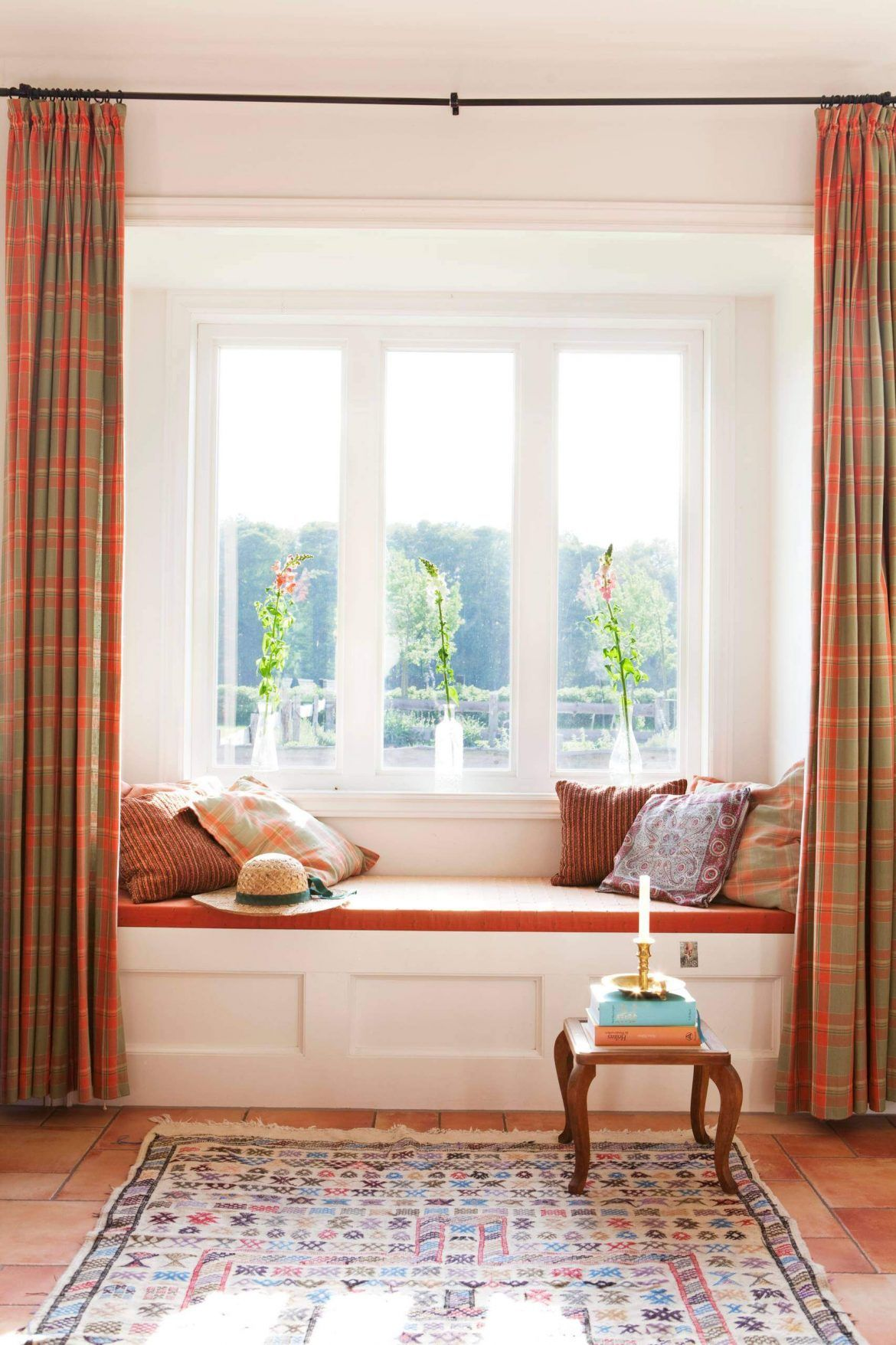 How to Choose the Best Bay Window Curtains | Bay window curtains ...