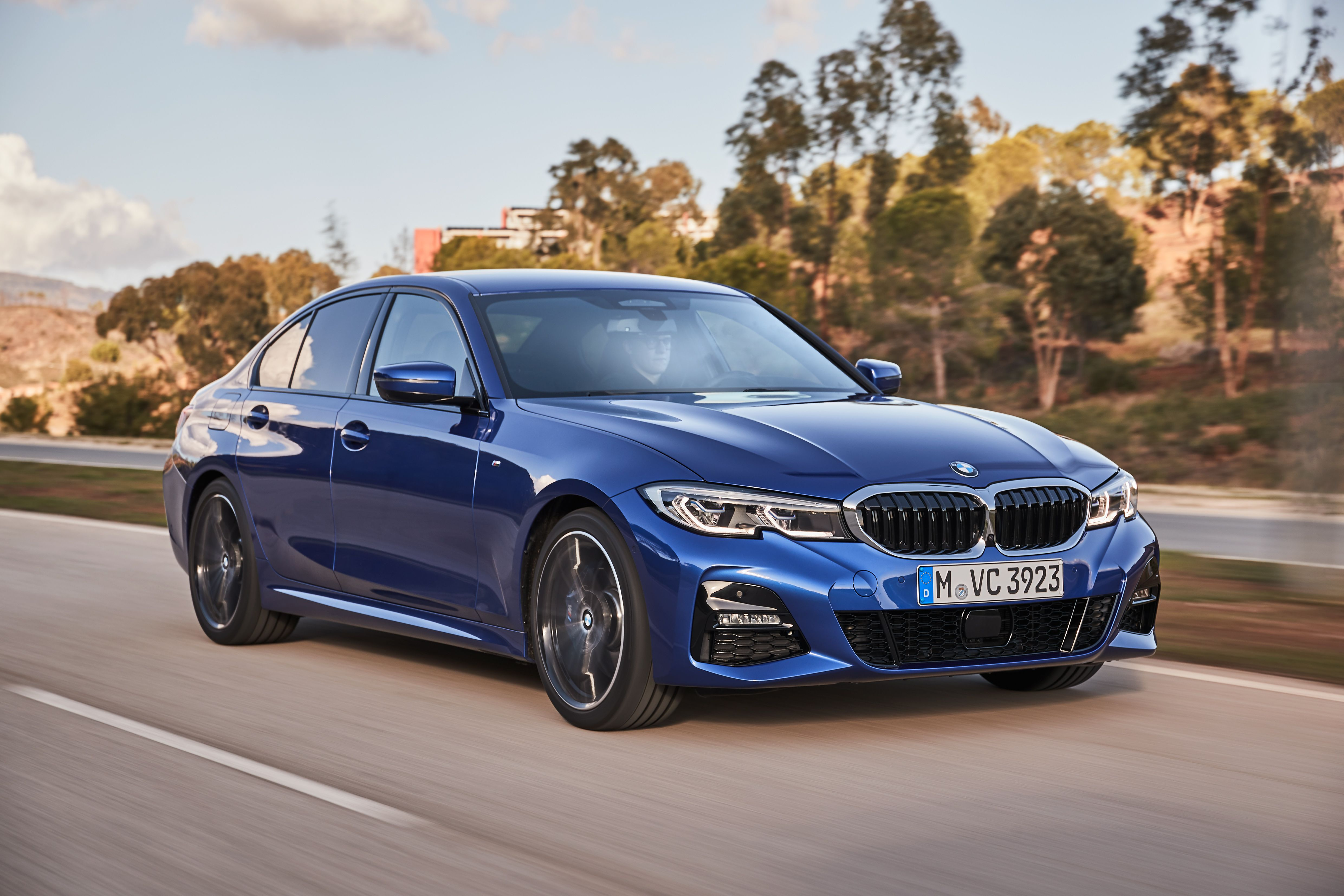 Bmw Debuts The 7th Generation Of The 3 Series Click To Find Out More Bmw Series Bmw 3 Series New Bmw