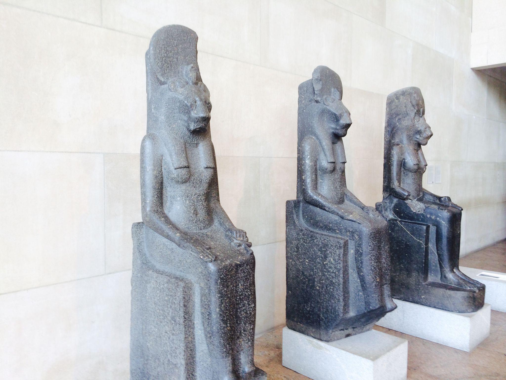 Estatuas egipcias.