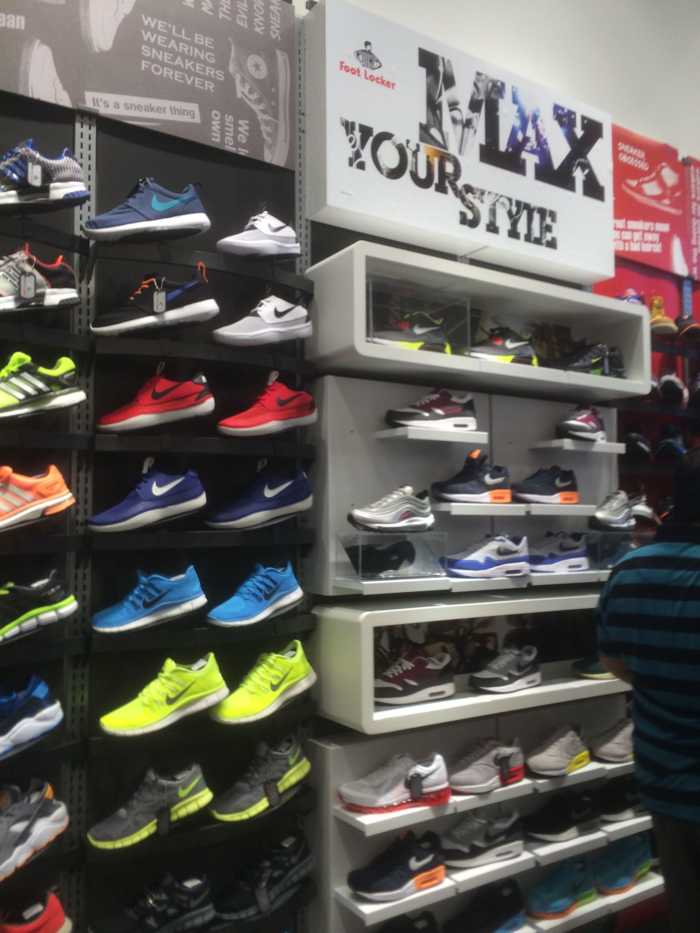 6d1d85ca2b9c95 Foot Locker - UAE - Dubai Mall - Dubai - Footwear - Sport - Layout -  Landscape - Visual Merchandising - www.clearretailgroup.eu