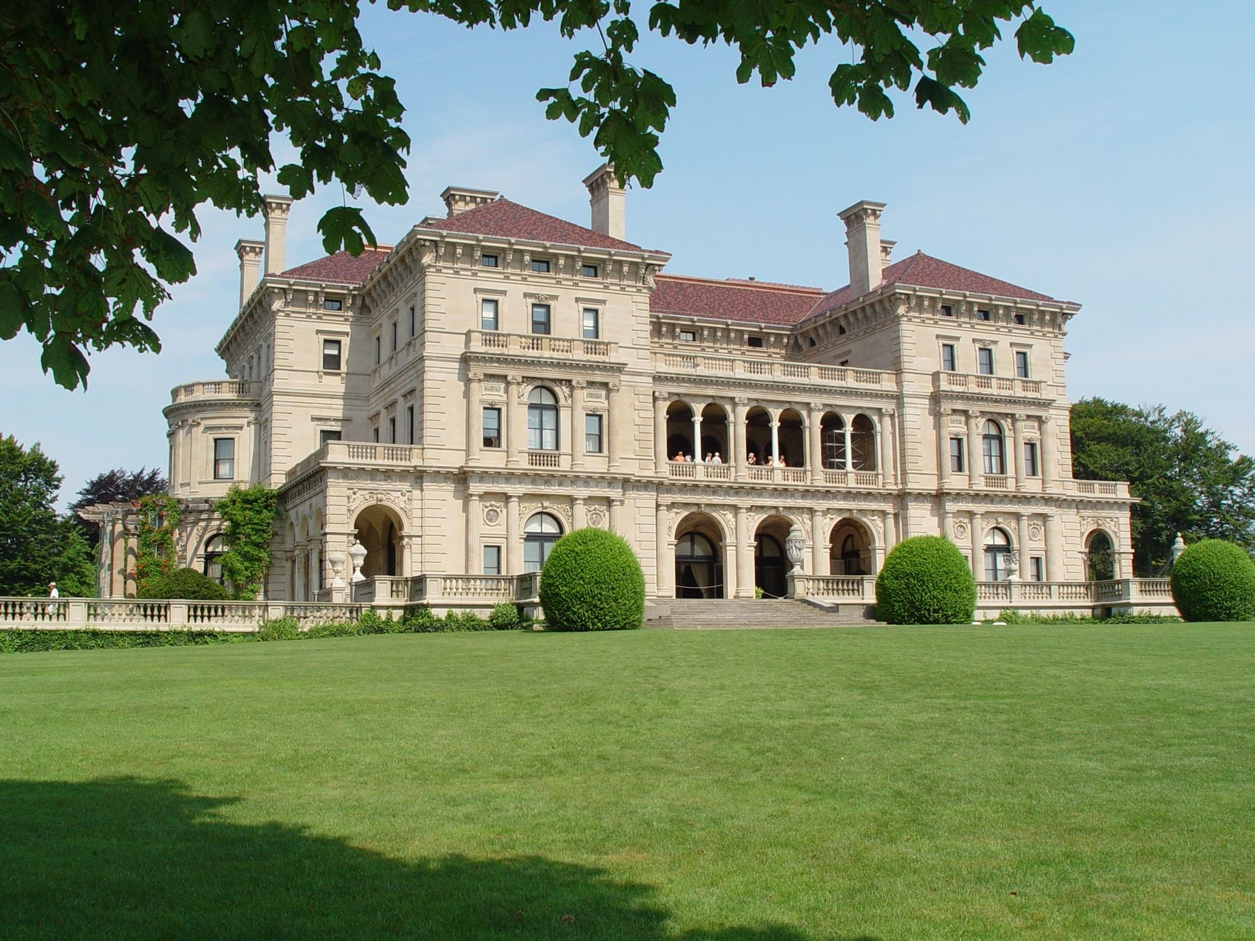 The Breakers - Newport Mansions | Mansions, Mansion tour ...