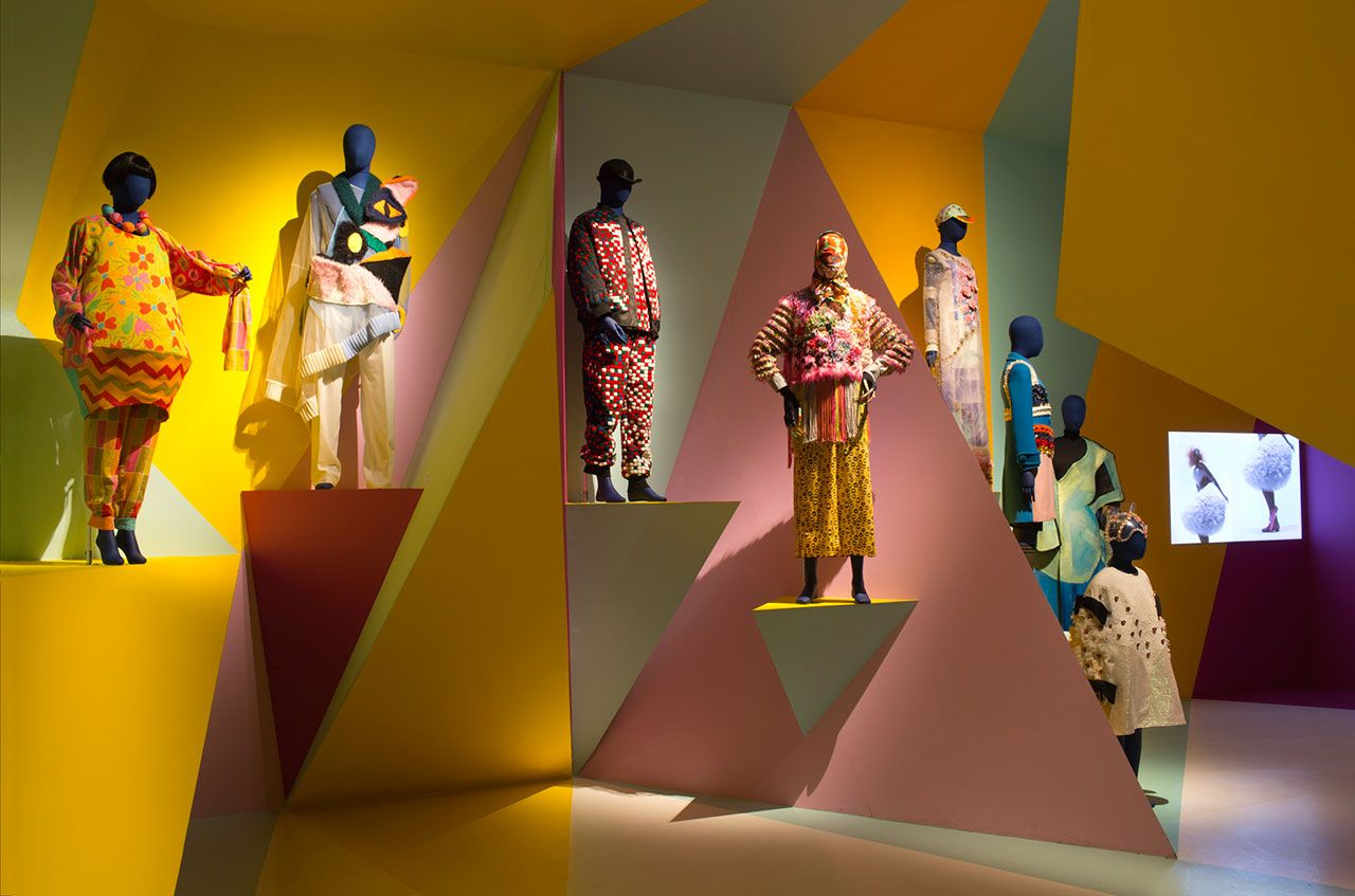 Utopian Bodies, installation shot of Craft & Colour gallery. Photo byMattias Lindbäck.