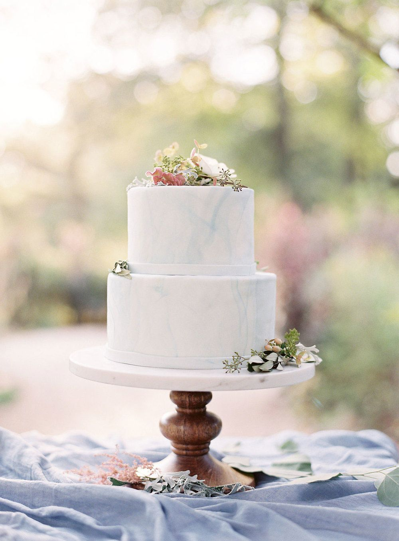 Marble-Inspired Fondant Wedding Cake | CAKES | Pinterest | Fondant ...