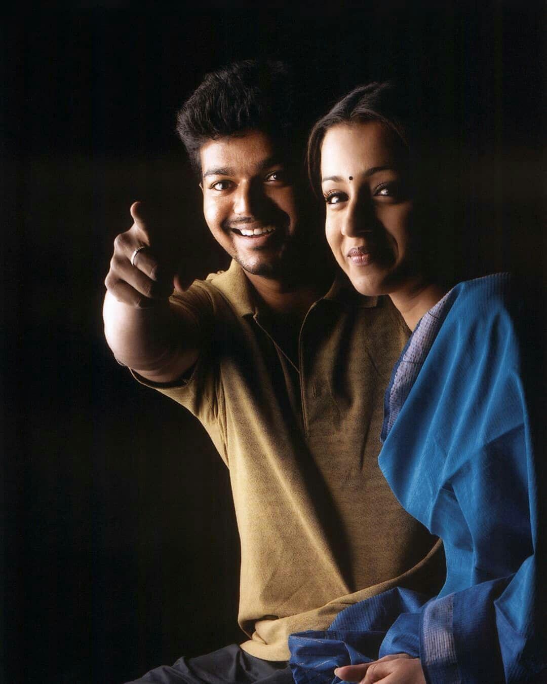 Saravenavelu Cute Actors Love Couple Photo Actor Photo 4k wallpaper gilli hd images