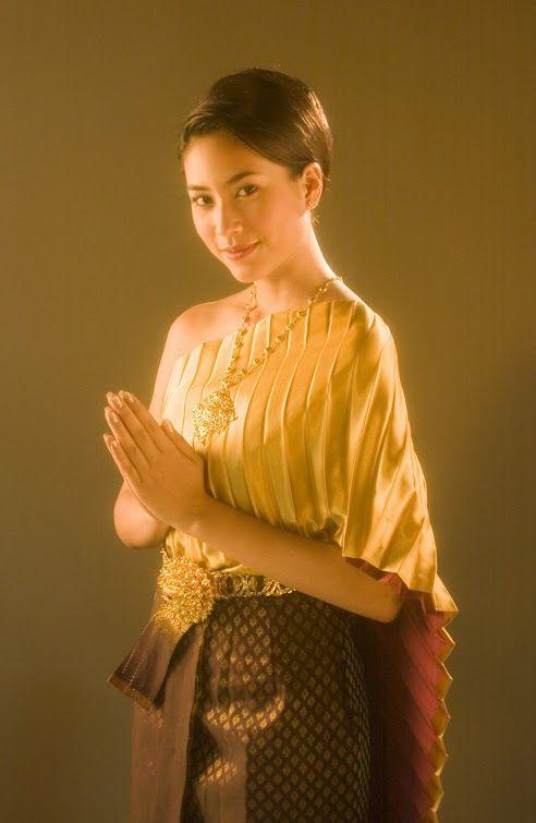 thai costume