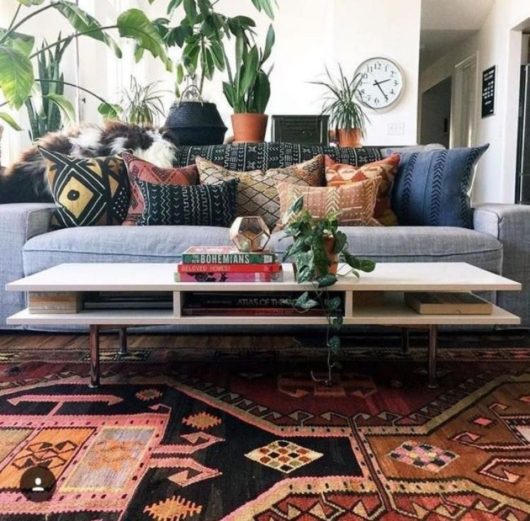 50 Comfortable Urban Bohemian Living Room Design Ideas In 2020 Bohemian Living Room Decor Bohemian Style Living Room Modern Bohemian Living Room #urban #boho #living #room