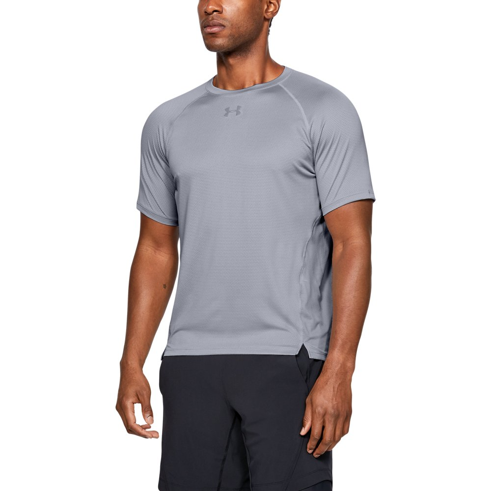 72afb7f41f14dc Under Armour Men s UA Qualifier HexDelta Short Sleeve in 2019 ...