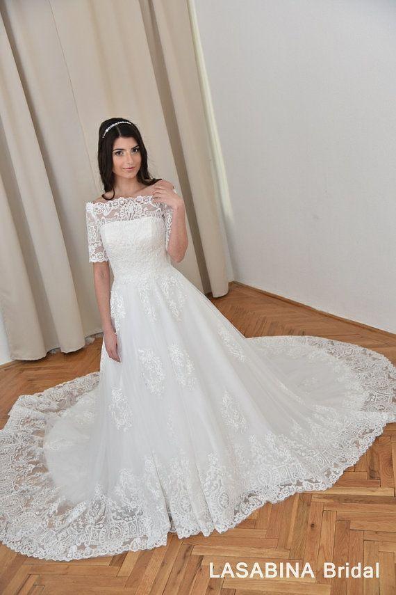 Luxuriöse Vintage Spitze Brautkleid. Kapelle Zug, 2/3 langen Ärmeln ...
