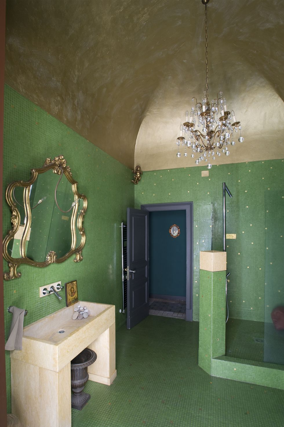 Grüne Farbe Im Bad These 30 Rooms Are Proof That Olive Green Is The Perfect