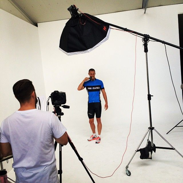 #GelFace #prolete @simpsonmark1986 @jessehiscophoto #behindthescenes #photoshoot #website #Pro4Me #pro4mance #bluesteel #model #sportsnutrition #energygel #picoftheday #follow