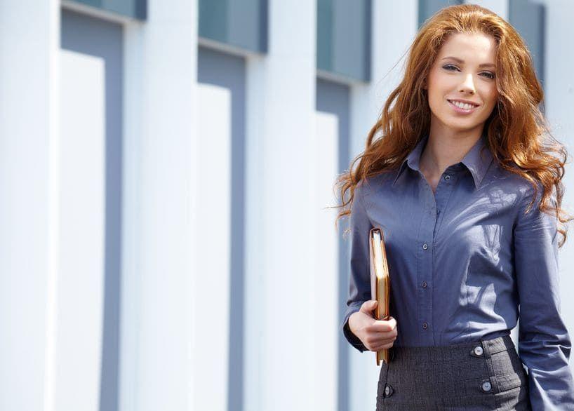 designer fashion 69c7b 5718d Vorstellungsgespräch Kleidung für Frauen: Blazer | CV ...