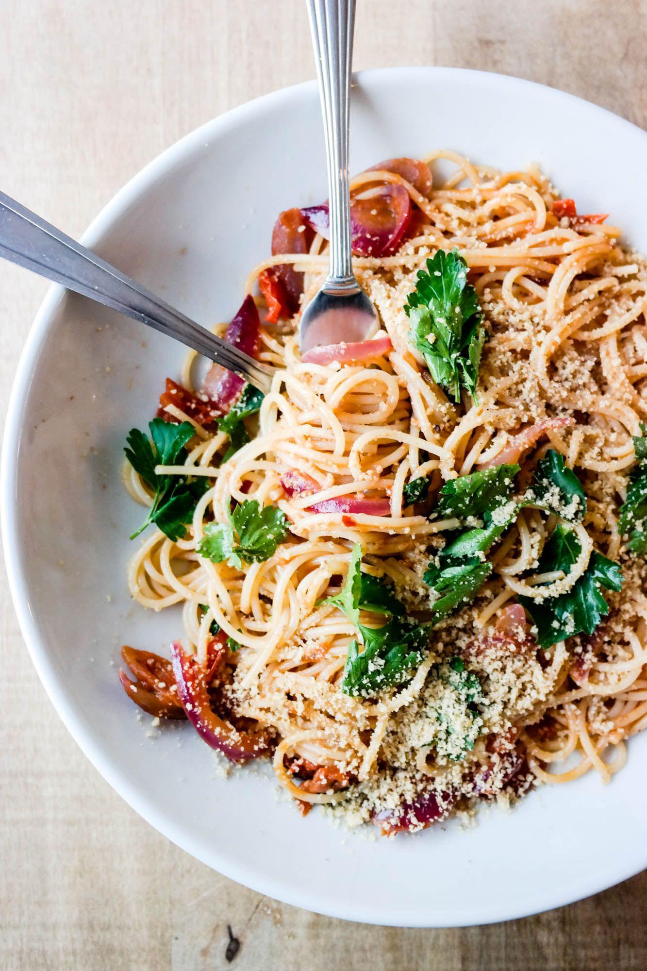Spaghetti med cherrytomatsaus