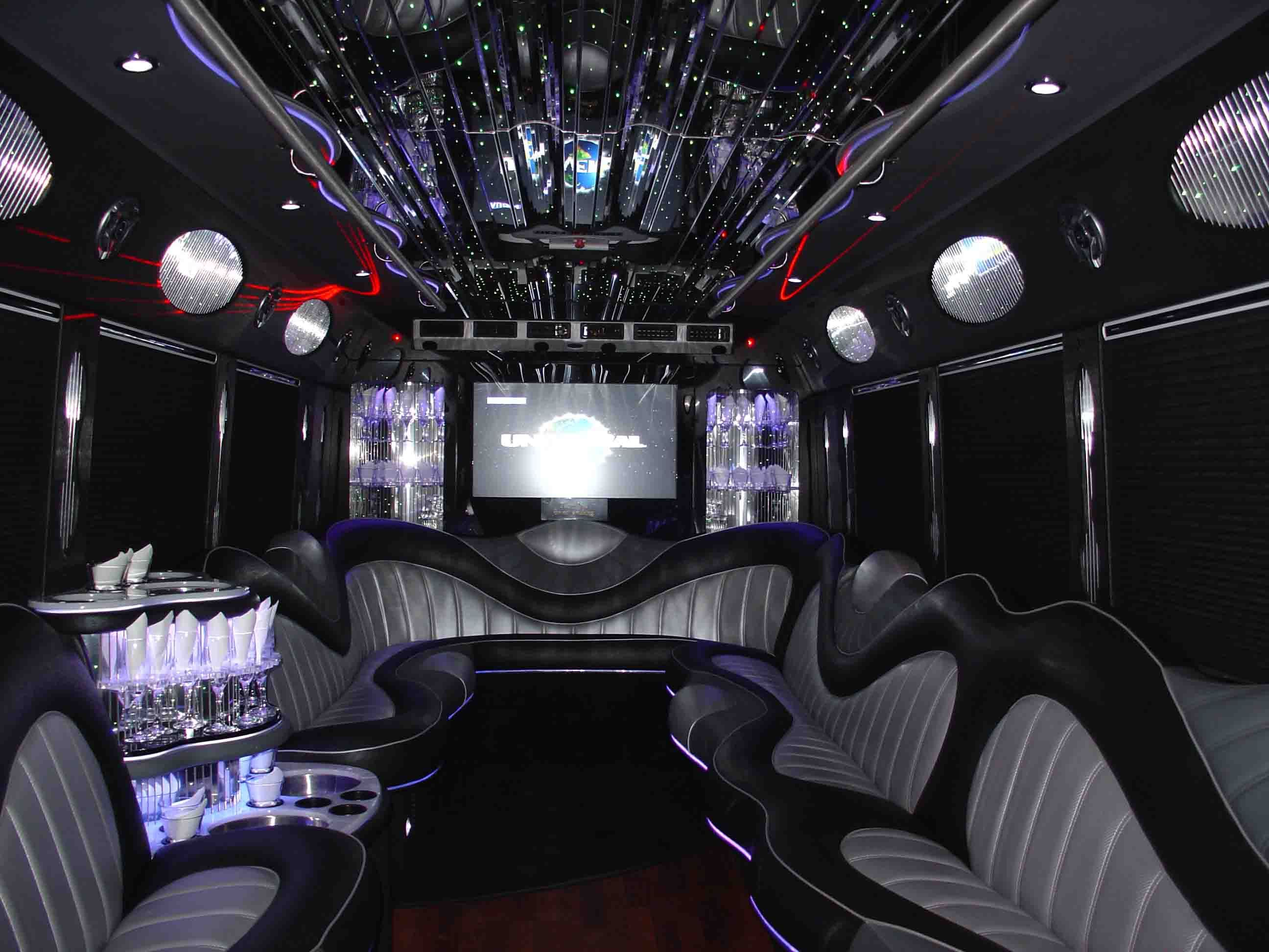 Celebrity 1 Limousine | Transportation - Port Saint Lucie, FL