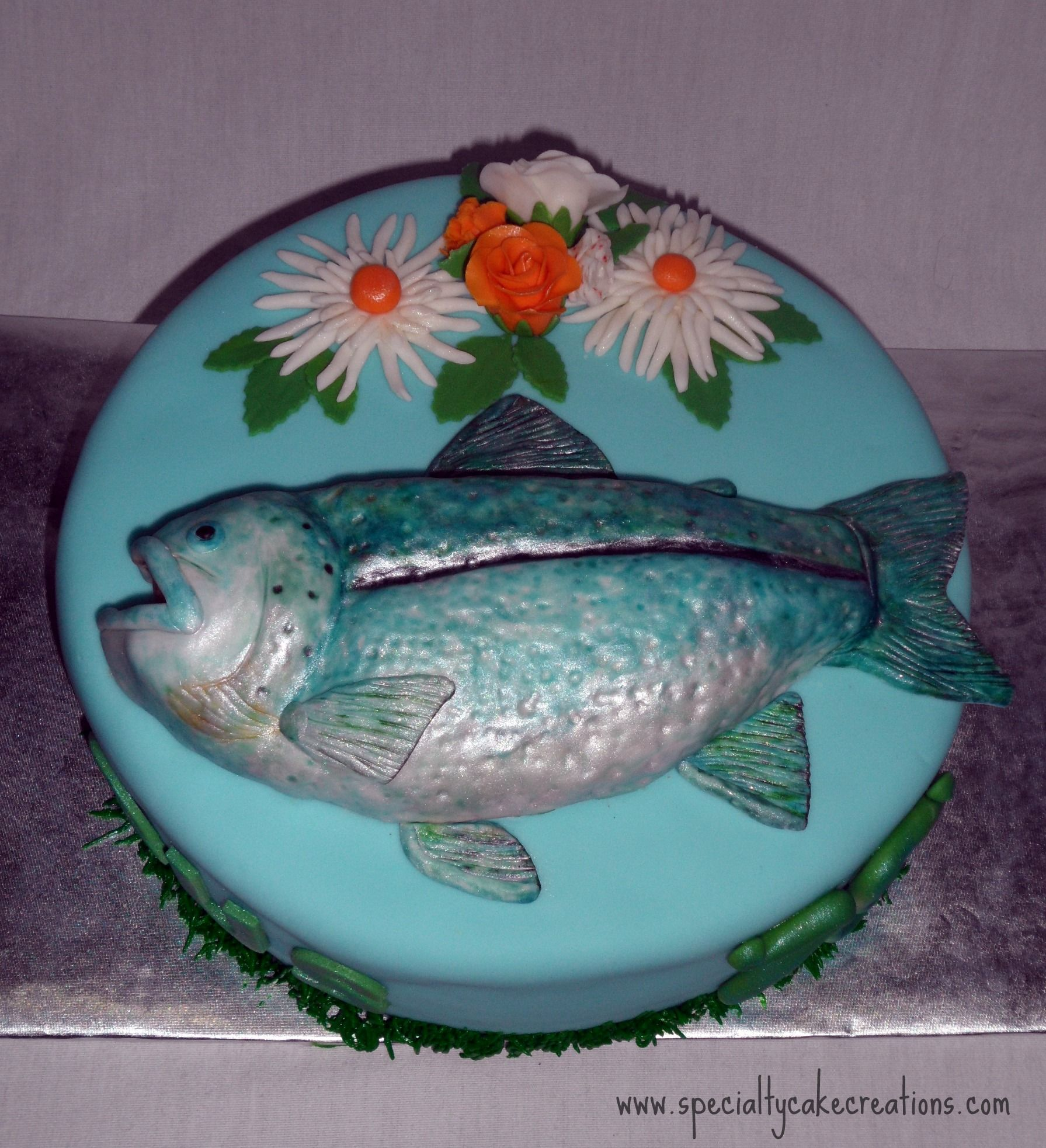 Flower cake designs specialty fish and flowers birthday for Fish cake design