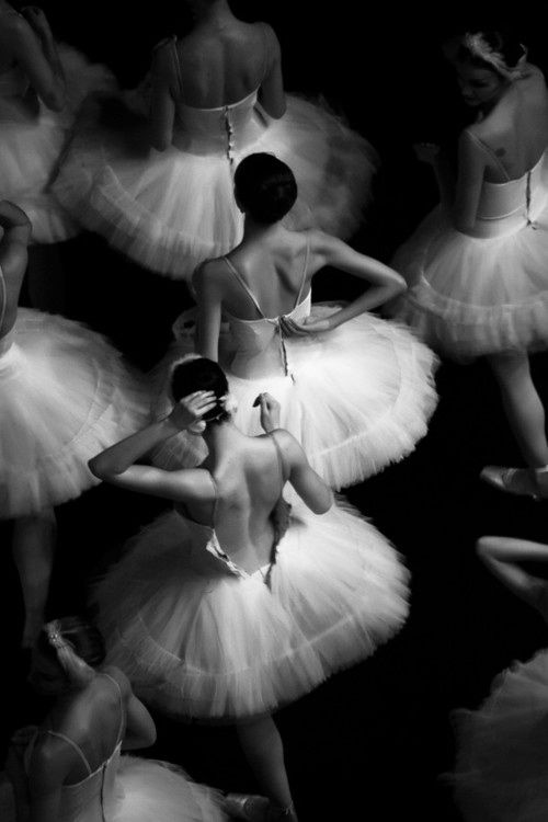 group of ballerinas in their dressing room...