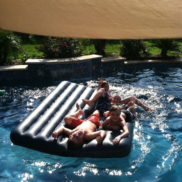 An Inflatable Queen Size Camping Mattress 14 00 At