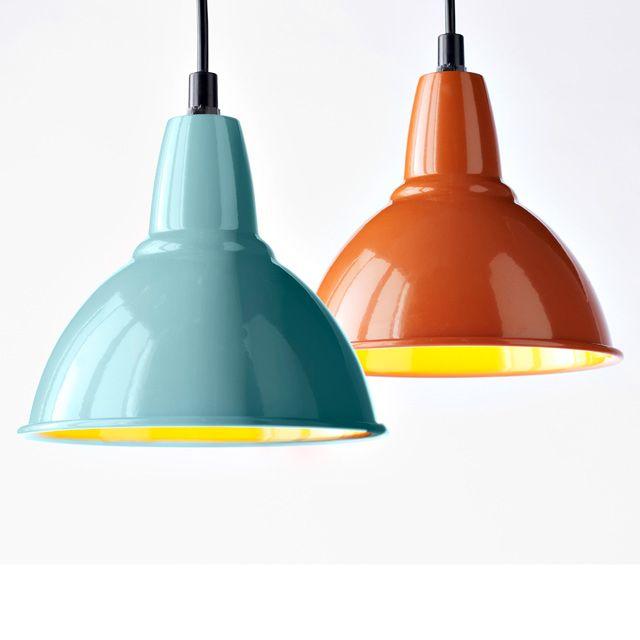 Ces Suspensions Factory Aux Reflets Gourmands Existent En Coloris Bleu Ou Orange Des Lampes Au Style Industr Eclairage Cuisine Suspension Castorama Suspension