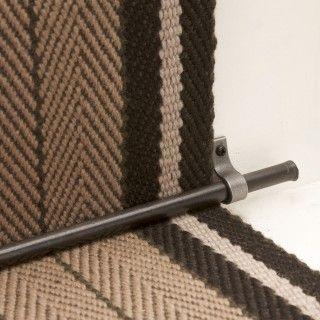 Superbe Plain Iron Rod 2 Iron Brackets