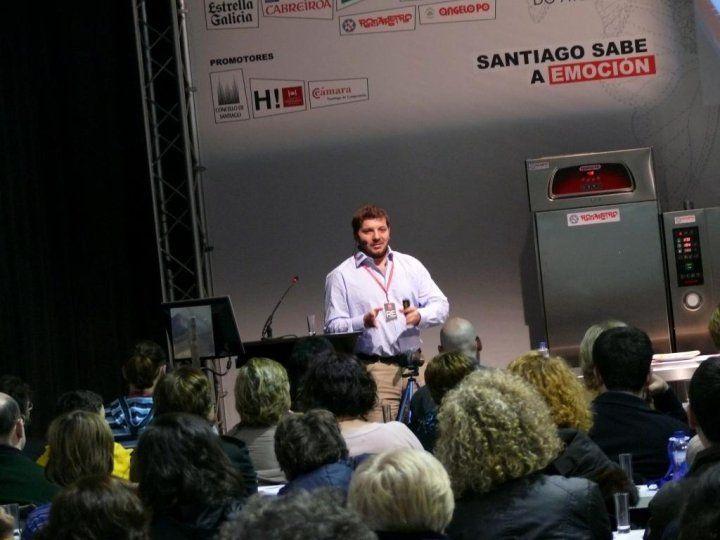 Taller sobre repostería conventual. Forum Gastronómico de Santiago, 2010