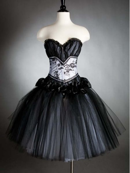 1000  images about Gothic Prom & Party Dresses on Pinterest ...