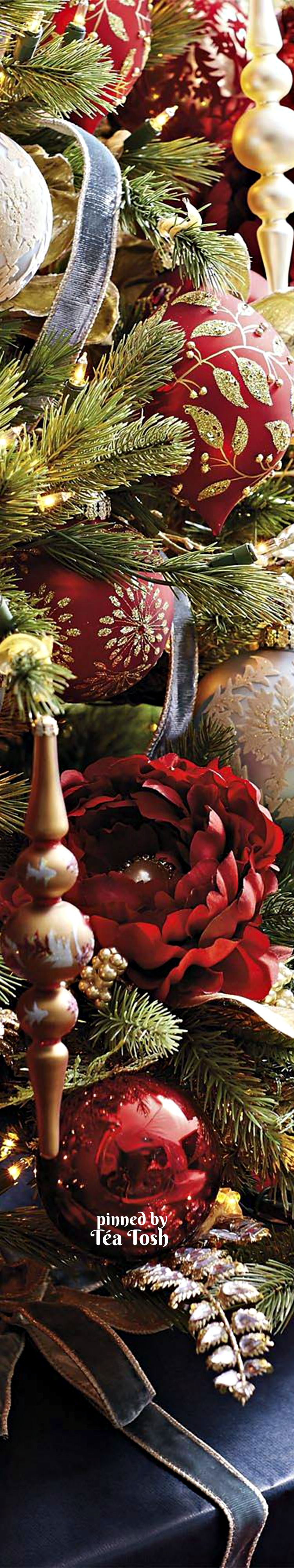 Hollyus christmas open house téa tosh christmas ornament
