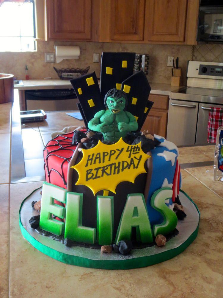 Super Hero Cake With The Incredible HULK Fondant Figurine Super
