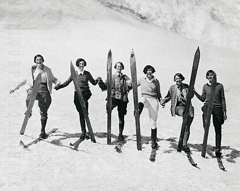 Snow Skiing Vintage Photo Women Skiers Poster Print Photograph Mountain Cabin Wall Decor Ski Gift Skier Girls Winter Sports Black And White In 2020 Vintage Photos Women Poster Prints Skier Girl