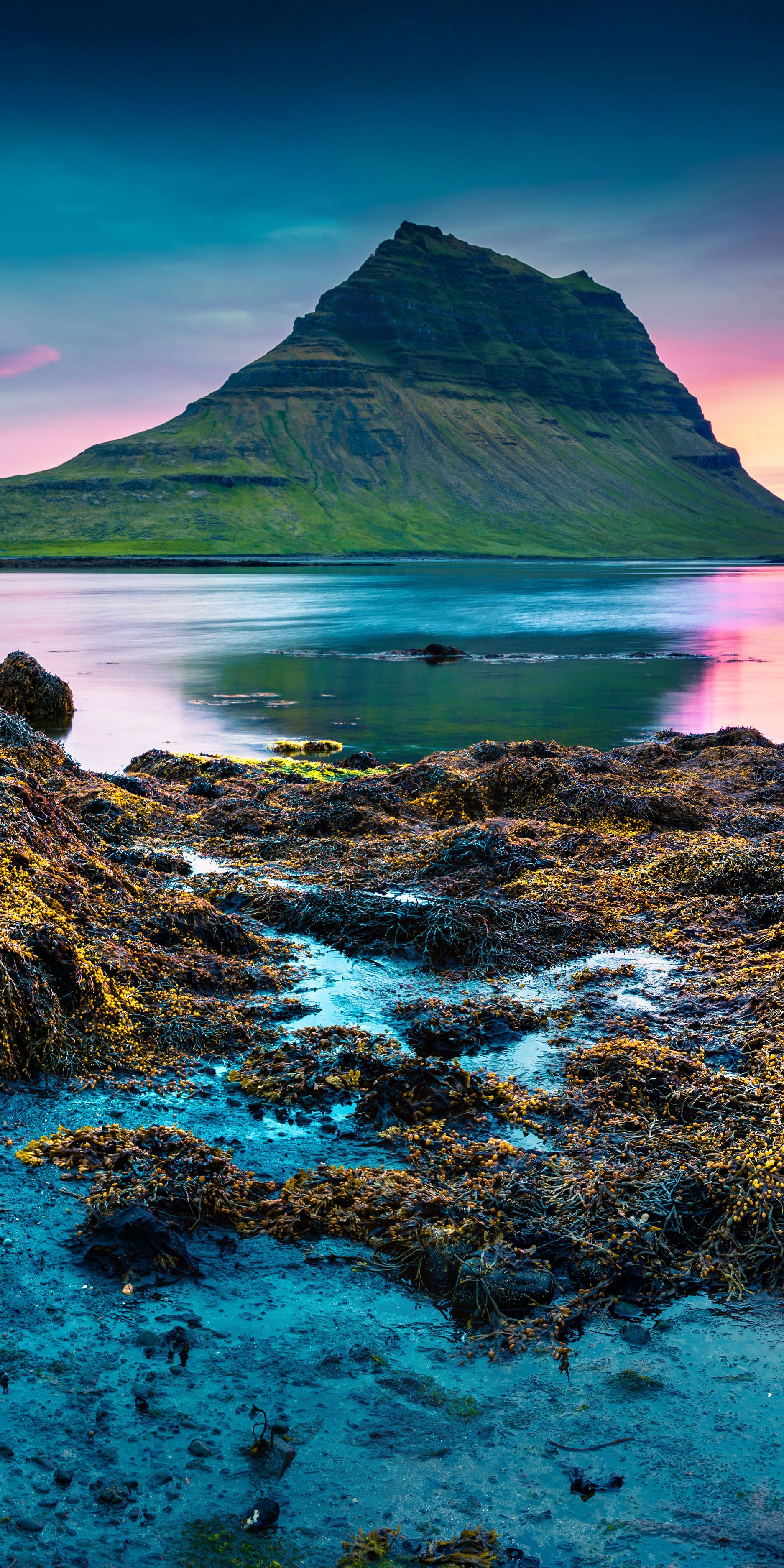 15 Amazing Places To Visit In Iceland
