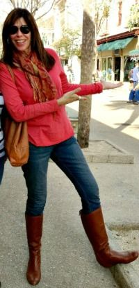 cc9b85609f6 3 Ways to Wear Skinny Jeans Over 40 ~ featuring Fabulous After 40 reader  Sarah in a favorite pair of jeans.