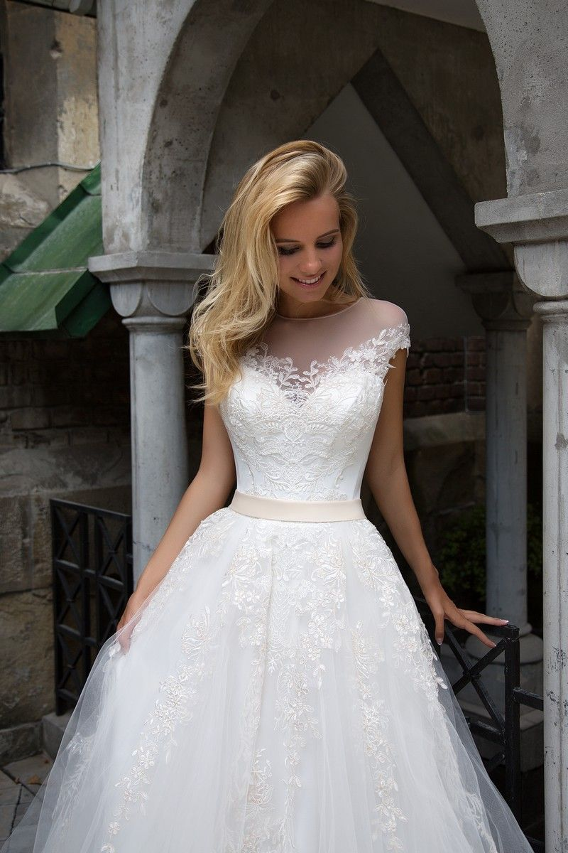 Largest collection of wedding dress and bridal gowns in the USA ...