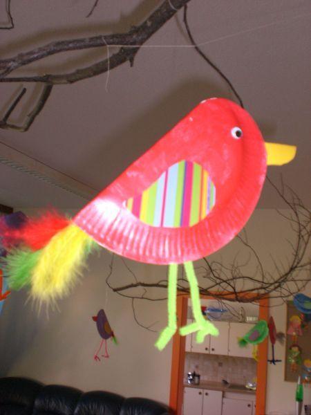vogel aus pappteller 2 basteln mit kleinkindern pinterest bird crafts birds and paper. Black Bedroom Furniture Sets. Home Design Ideas