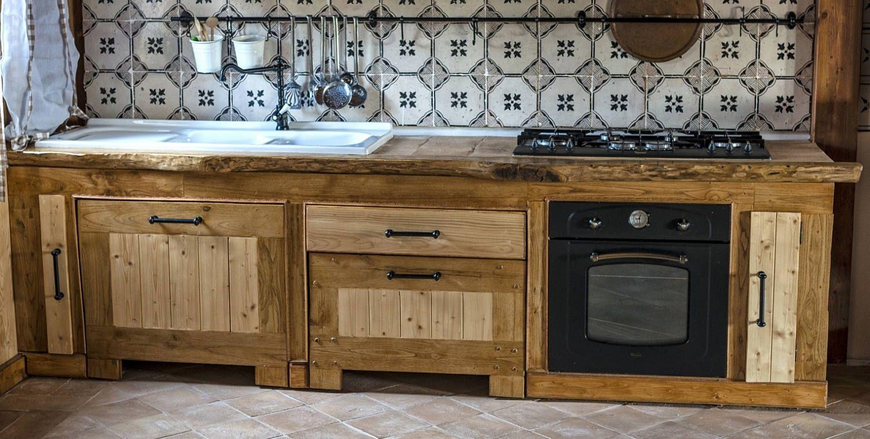 Mobili Cucina Legno Massello : Cucina legno massello di solechianozza su etsy cucina