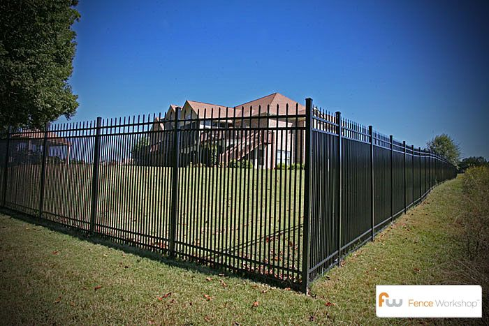 Metal Fence For Large And Small Dogs Metal Fences